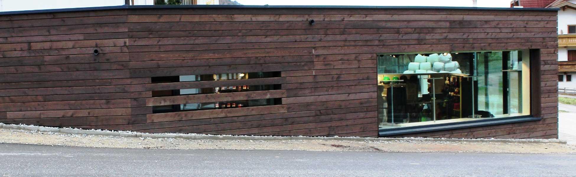 Hfr wood building specializzata nella costruzione di case for Case costruite su pendii